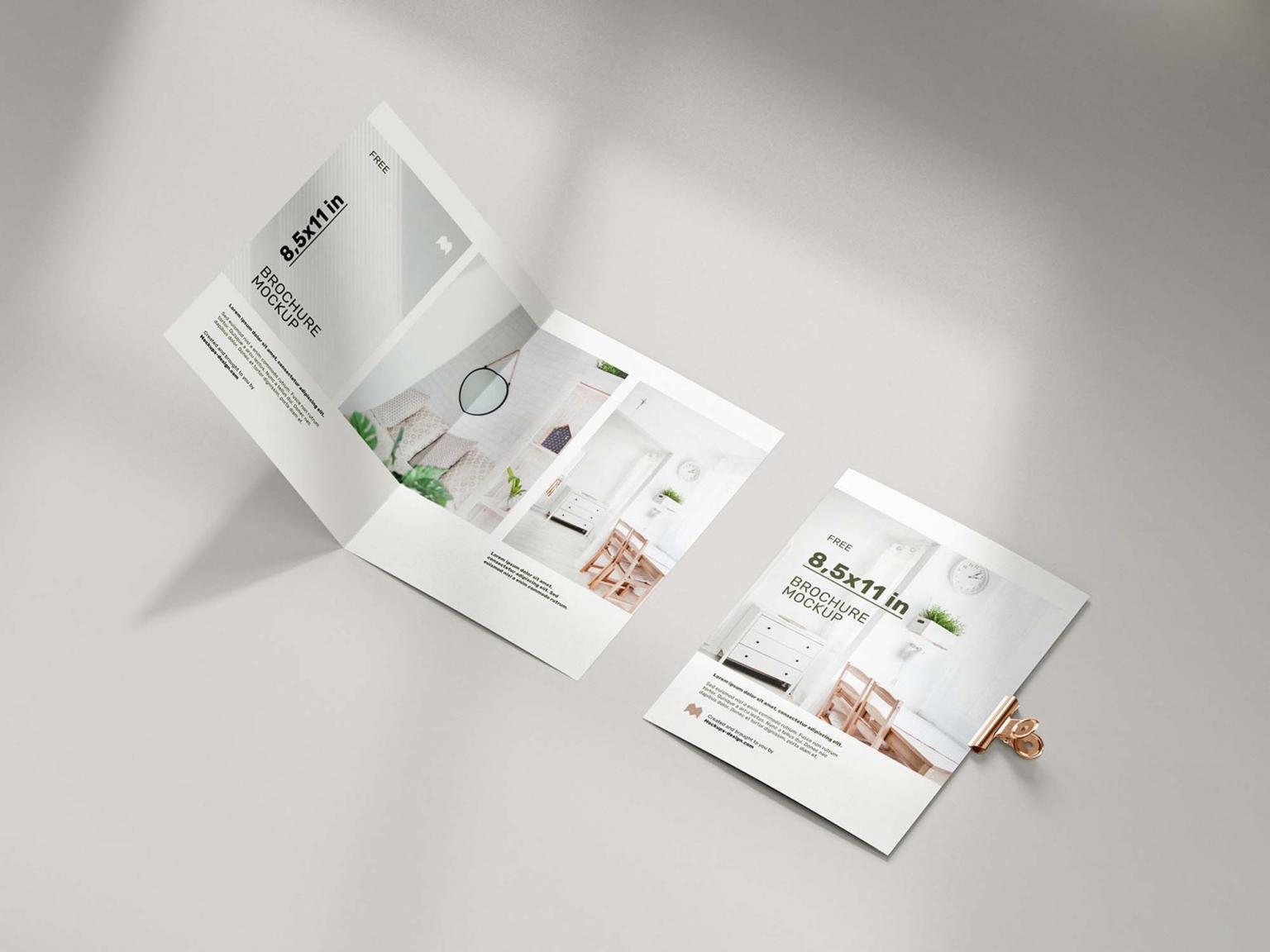 Folded brochure printing in qatar